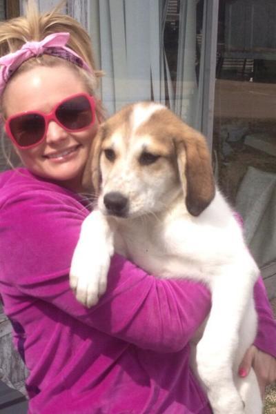 Miranda Lambert Rescues Puppy Left On Highway The
