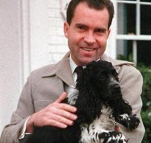 Who was the more famous presidential dog to NEVER live in the White House?